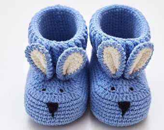 Pregnancy gift set for mom to be New mum mommy crochet bunny booties animal slippers for boy newborn Expecting box New parents basket baby