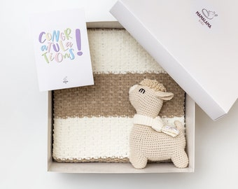 Best Pregnancy gift set baby gender reveal congratulations box with sweet llama toy bootie blanket basket Expecting present mom welcome baby