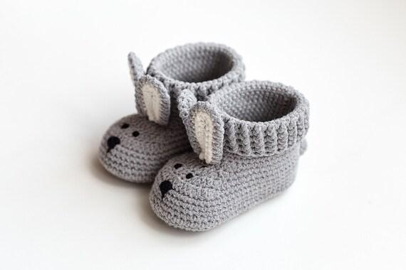 Sexe neutre idées garçon fille grossesse douche partie saupoudrer crochet mignon lapin moccs bébé révèlent grand-mère tante révèlent père bébé