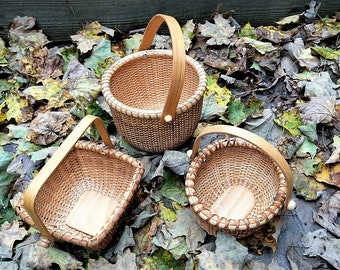 Nantucket Style Baskets Floral Supply Vintage Storage Containers Wicker/ Rattan Woven