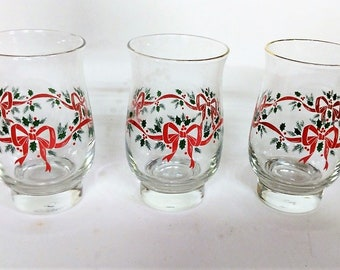 Libbey Holly and Ribbon Glass Ware Holiday Bar Ware Gold Rimmed Short Footed 13 oz. Free Shipping