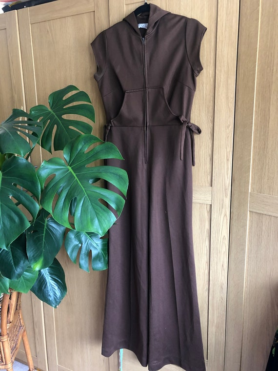 Vintage 70s Chocolate coloured jumpsuit with Hood - image 1