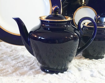 Large Porcelain Teapot 4.5 L Dulevo China Made in Russia Spring Flowers Pattern