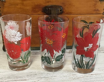 Vintage red flowe glasses tumblers amaryllis dianthus poinsettia decor retro swanky swigs gift water juice Mother's Day