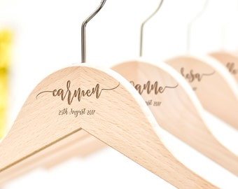 SET OF 4 Bridesmaid Hangers, Personalized Bridesmaid Gift, Wedding Dress Hangers, Bridesmaid Proposal Gift, Custom Hangers, Bridal Party H01
