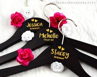 Bride Hanger, Bridal Hanger, Personalized Wedding Hanger, Wedding Dress Hanger, Bridal Hanger, Bridesmaid Hanger, Bride Hanger H18