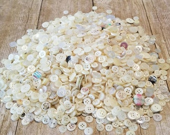 BUTTONS / Assorted, Bulk, Mixed lot, Sewing / White, cream, pale, clear, opaque, neutral, light / 5 to 30mm