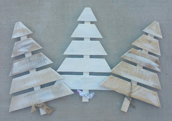 image 0 - Wood Pallet Christmas Tree