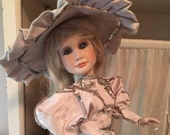 """Vickie Walker Elite Collection Porcelain Doll """"Silver"""""""