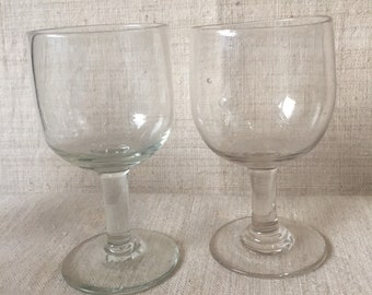 Set of 2 stemmed glasses, water glasses, glasses, wine, glass, water glass, old lenses vireton, cottage chic, tableware, glassware