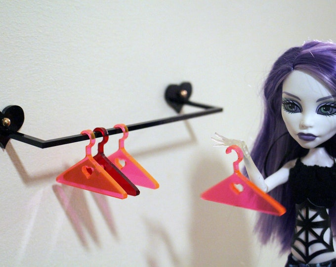 "Clothing Rack for 1:6 Dolls - Wall Mounted 6"" Clothing Rack for Monster High, Pullip, Blythe, BJD in Heart or Cobweb"