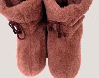 e67b76eeafa8e Sheep wool boots | Etsy
