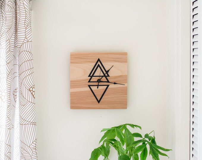 Wooden Clock - Triangles