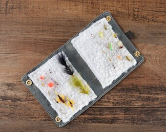 Fly Fishing & Tenkara Wallet Bag- Large Size - Dyneema X Gridstop / X-Pac - Double Snap Closure - Modern design - Handmade in California