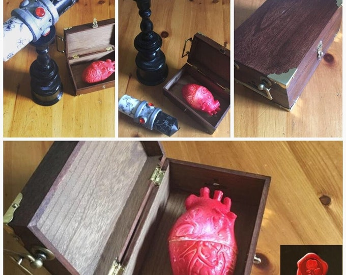 Once Upon A Time Enchanted Candle, Cora's Heart & Box replica (heart does not light up)