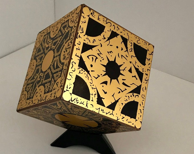 Hellraiser Puzzle Box 1:1 Static Non Functioning Replica Lament Configuration Gold Foil Finish with stand