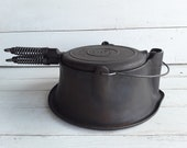 Antique Wagner Ware Sidney -0- Cast Iron Tall Base Waffle Maker Number 1408 Pat 39 D September 15, 1925 Wagner Waffle Irons
