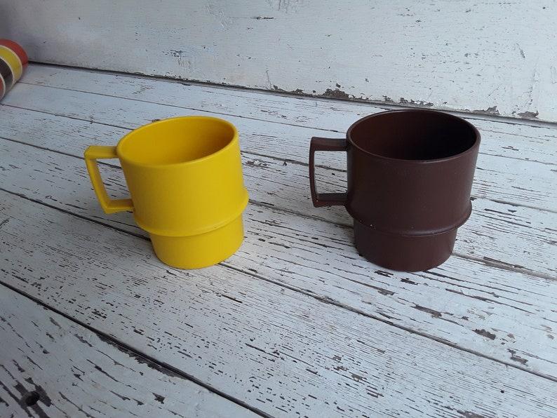 Vintage Café Cup Thé In Mugstasses Tasse Marronjaune Made Usa Tupperware À m0wvO8nN
