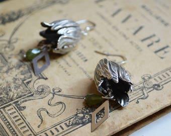 Silver tulips earrings