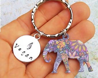 Vegan Keychain, Elephant keychain, Vegan Elephant, Gift for vegan, Elephant Jewelry, Elephant charm, Say no to zoos, Elephant accesories,