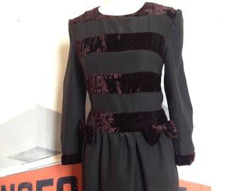 The little black dress velvet essential 80s