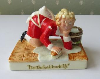 1982 Knickerbocker Applause Figurine Little Orphan Annie It's the Hard Knock Life 6006