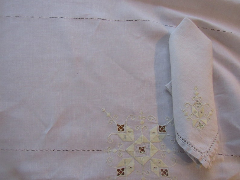 Light Beige 52 by 85 Rectangle Cotton Tablecloth  8 Matching Napkins Yellow Tone Embroidery and Cutwork  4208