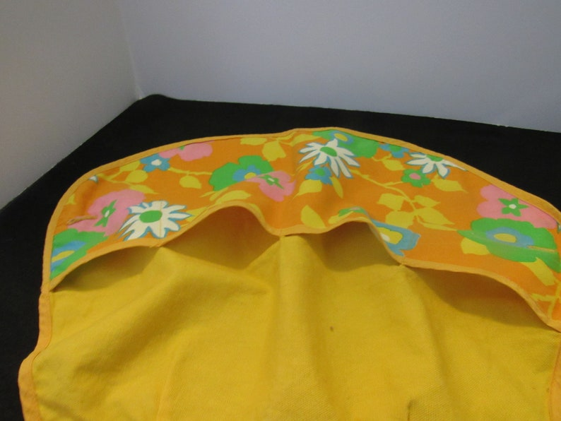 mid century colors 4 large Pockets  3777 Green,Orange Free Shipping In USA Vintage Half Apron  Yellow White Flowers