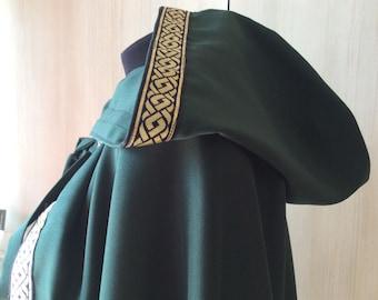 Hooded cloak  a4751d260