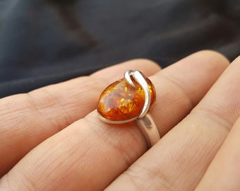 Antique Vintage Natural Baltic Amber ring sea amber stone6 gr.hypoallergenic,medical,amazing,pure amber  womens,gift,silver color metal