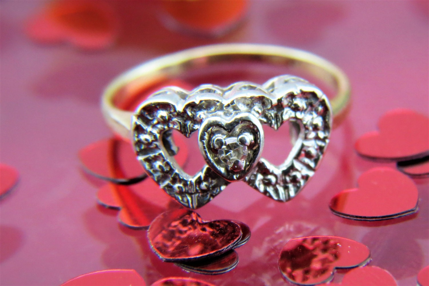Vintage 14kt Yellow Gold 3 Hearts Ring with a Diamond 2 grams Size 5