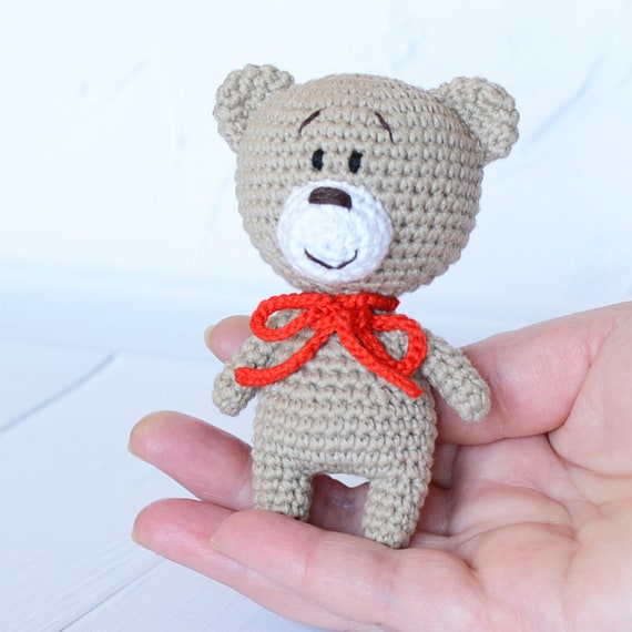 Orso amigurumi Crochet bambino animale a maglia orsacchiotto Toddler softie bambola baby shower giocattolo morbido primo compleanno nuovo bambino