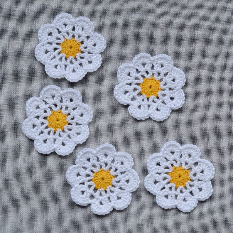 20pcs Häkelblume Applikation Aufnäher Crochet Flowers 3-layer 5cm Grau
