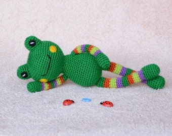 Crochet Doll Frog Toy Amigurumi Stuffed Animal Knitted Baby Toy Frog Plush Woodland Animals Toy Kids Gift Soft Plush Toys Baby Shower Gifts