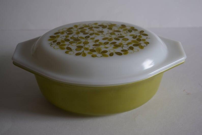 Verd\u00e9 Casserole Dish