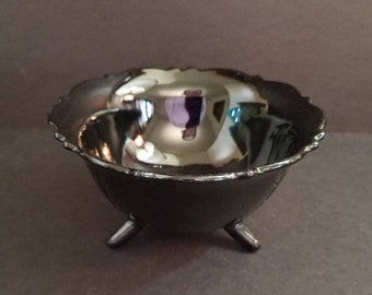 "LE Smith Black Amethyst Glass 3 Toed Bowl 3 "" Tall - Rare Vintage Black Glass Gothic Planter, Art Nouveau Art Deco"