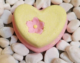 I Dream of Lily Heart Shaped Bath Bomb LARGE  6oz, Lily of the Valley, Tangerine, Sweet Basil - Bath Bomb with Flower, Floral bath bomb