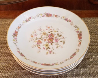 SALE!!! Royal Wentworth Soup Bowls Set of 4 in Marcia Pattern 51/216S Japan, 1 chip