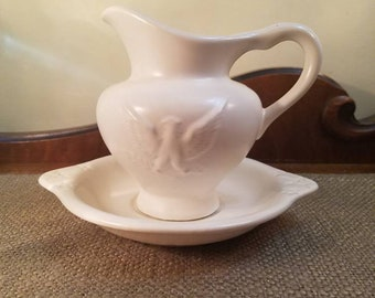 """Vintage Hull Pottery White Eagle Pitcher with Basin, 5 1/2"""" Tall with Ivory satin finish, #14A005 - Pitcher and Base - Small Pitcher"""