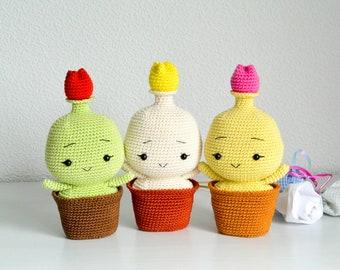 Crochet Spring Tulip Bulb, Pattern, PDF, English and German, Amigurumi