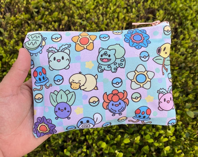 Grass and water friends pouch