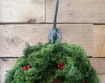 Moss Holly and Robin Wreath - Christmas Wreath- Rustic Wreath - door wreath - holiday wreath