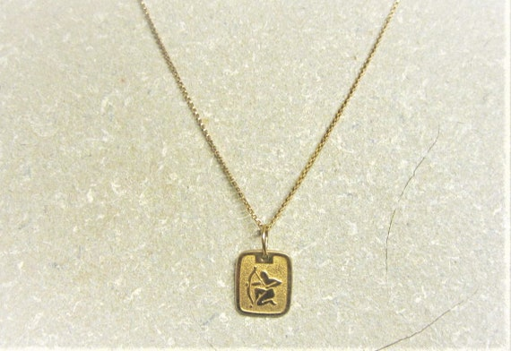 10K Gold Sagittarius Necklace 70s Gold Box Chain Z