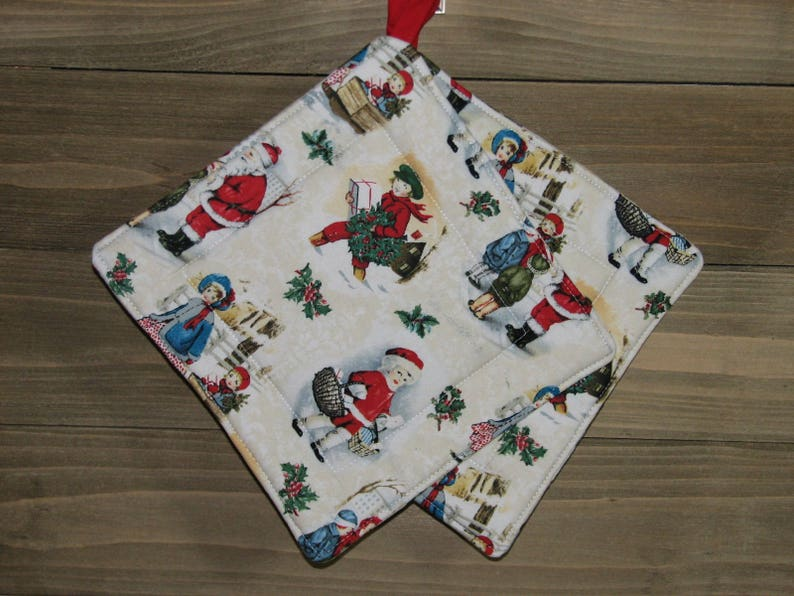 Gift potholders Christmas oven hot pads Xmas gift-for-sister Quilted potholders Hostess gift ideas Oven pads Gift-for-her
