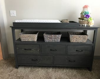 Dresser/ Detachable Changing table