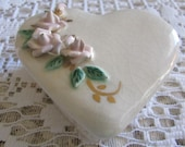 Vintage Heart Trinket Box Vintage Heart Jewelry Box Vintage Porcelain Heart Box Vintage Jewellry Bxo Vintage Trinket Box