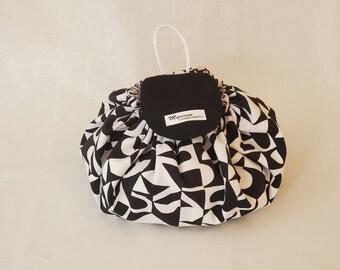 Unique Makeup bag, bauhaus cotton makeup pouch, woman, modern toiletry bag, cosmetic bag, Christmas gift, cosmetics case