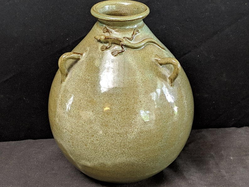 Don Bebout Texas Folk Pottery Vase With Lizard 6.5