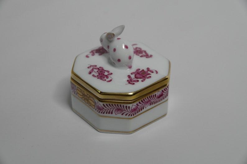 Herend Rabbit Trinket Box in Rasberry Chinese Bouquet