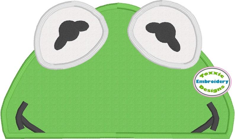 Green Frog Peeker Appliqué Machine Embroidery Design image 0
